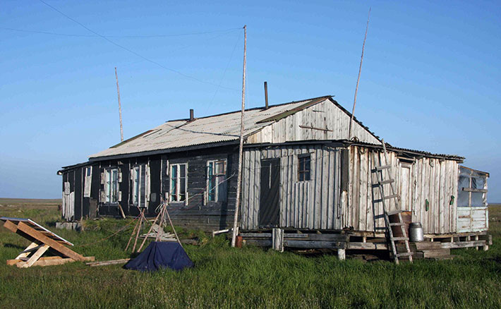 Panels installed at the fish base of Chaigurginoo, Kolyma, summer 2012. Photo: Snowchange, 2014.