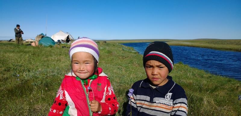 Children at Chaigurginoo, summer 2014. Snowchange, 2014