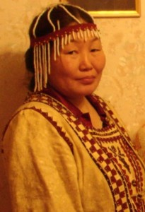 Oktjabrina Naumova, an Evenk knowledge holder from Iengra, Republic of Sakha-Yakutia, Russia was one of the main organisers of Snowchange 2007.