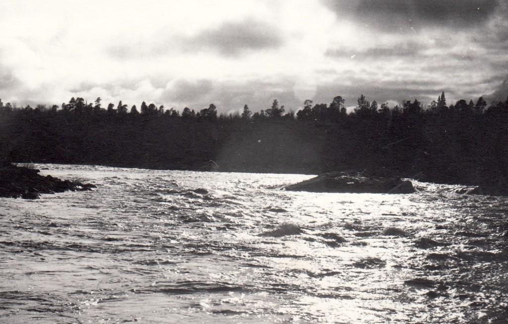 River Näätämöjoki is the site of the first co-management in Finland led by the Skolt Sámi. Here Näätämö in June 1975.